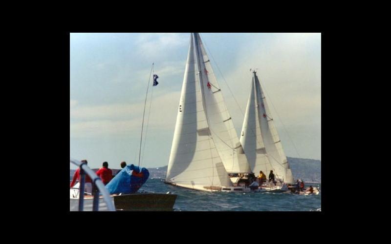 John helming boat J five seconds before start-gun. (Photo: Hal Rosenberg)