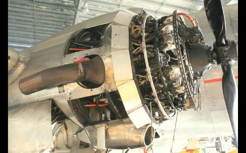Pratt & Whitney R2000 mounted on C- 54
