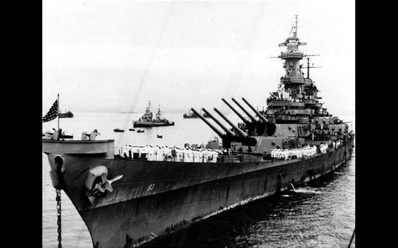 USS Missouri (BB 63) prepares to receive Japanese delegation September 2, 1945 in Sagami Wan