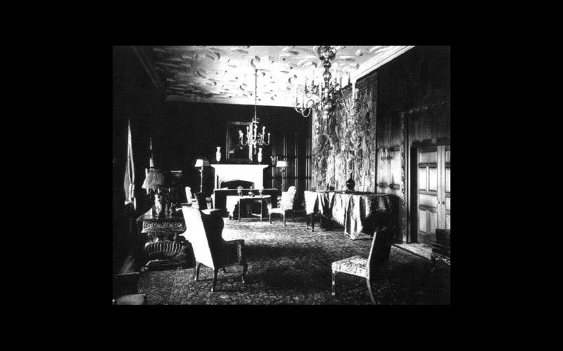 An early photo of the drawing room of the Pope Suite in the Saint Francis Hotel (Courtesy St. Francis Hotel)